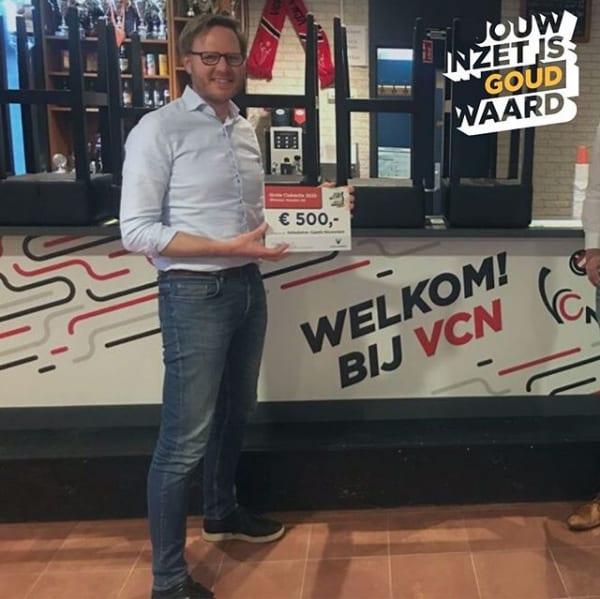 Winnaar Gouden Lot volleybalvereniging Capelle Nieuwerkerk